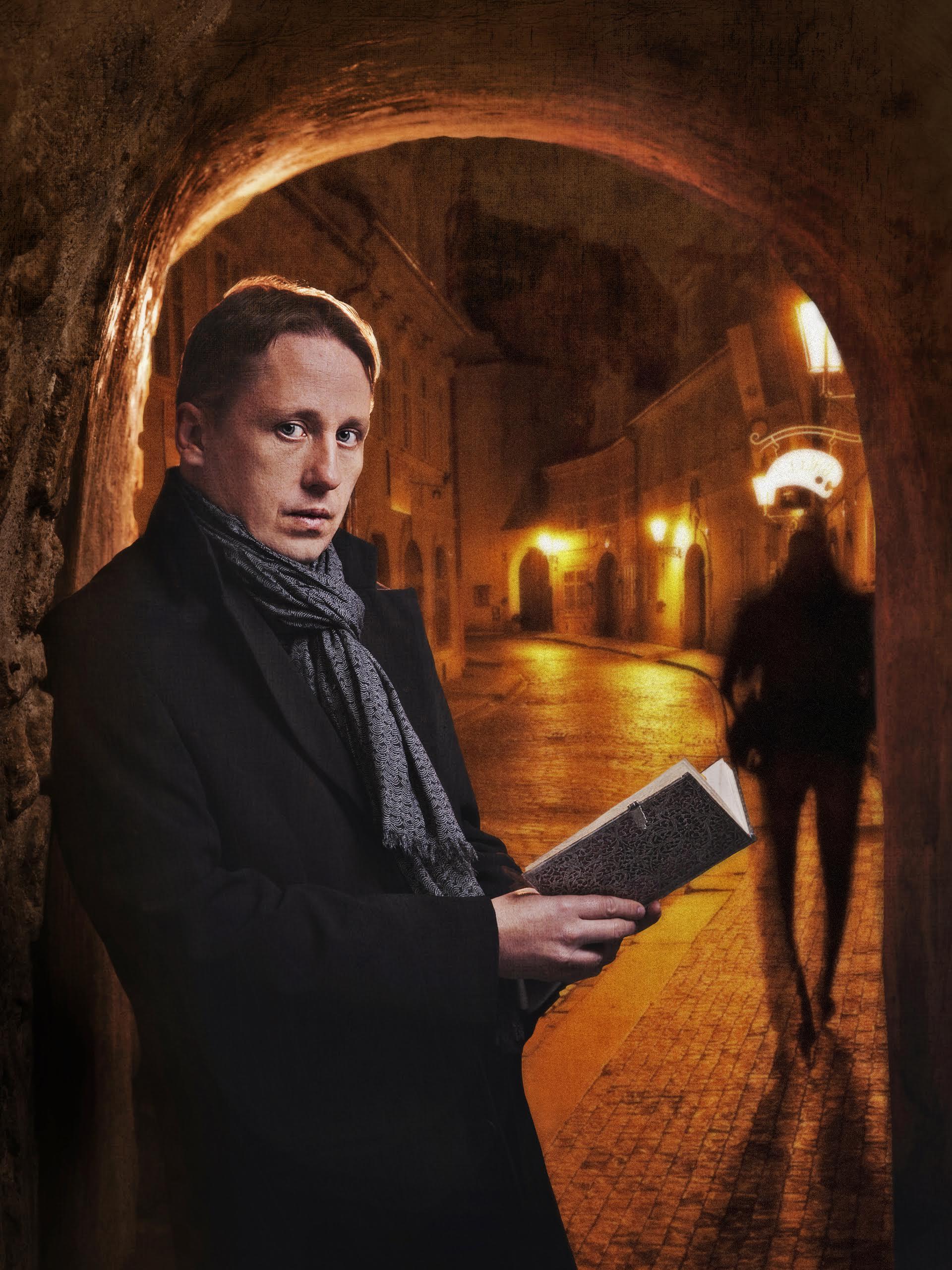 Jean Baptiste CLEMENT mentaliste magicien Paris